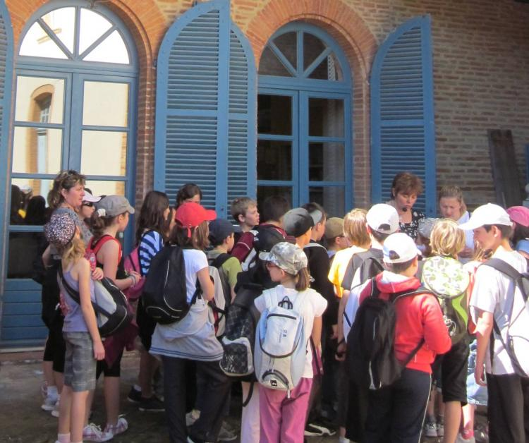 Guided tour for schools